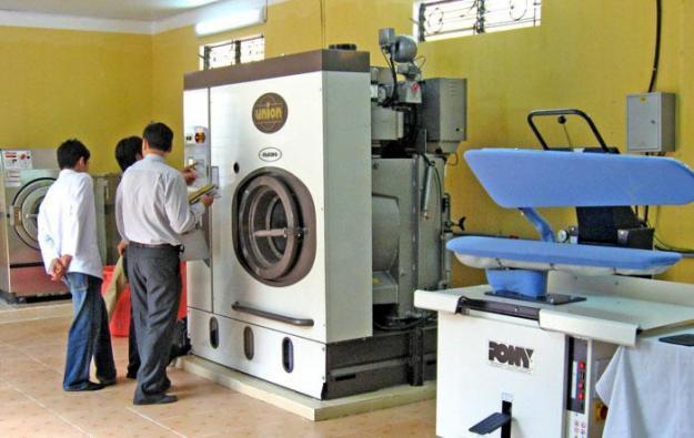 quy trinh giat chan cong nghiep1 - Tổng quan về 2 dòng máy giặt công nghiệp Hwasung