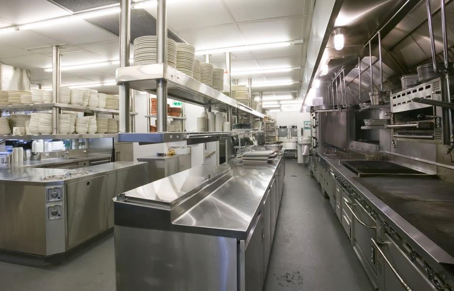 bep cong nghiep 1 - Những quy tắc bố trí bếp công nghiệp sao cho hợp lý nhất