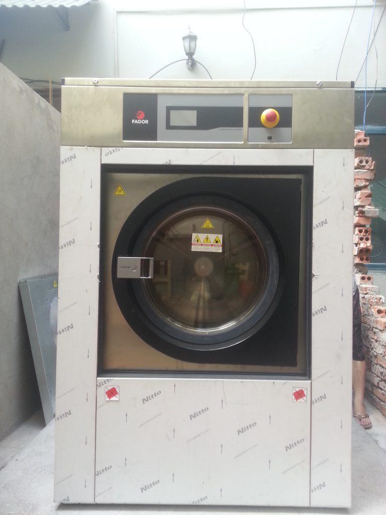 20160622 090547 768x1024 - Cách chọn mua máy giặt công nghiệp 15kg chính hãng