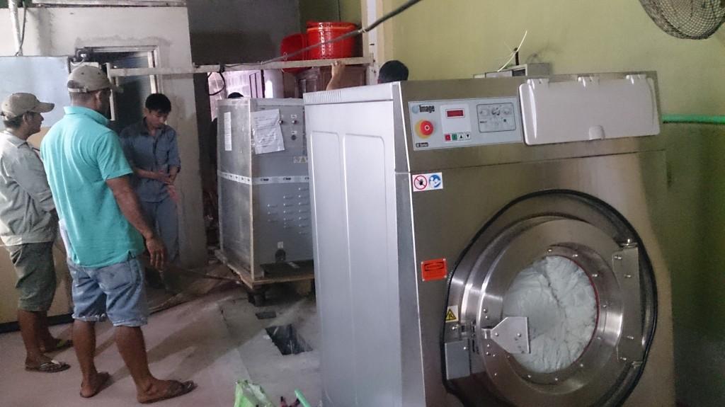 DSC 1881 1024x575 - Tư vấn mua máy giặt công nghiệp cho người mở xưởng giặt là