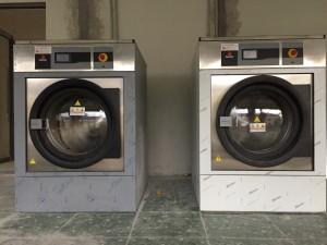 may giat cong nghiep 15kg 300x225 - Máy giặt công nghiệp 15kg, 20kg, 30kg, 40kg, 50kg giá bao nhiêu ?