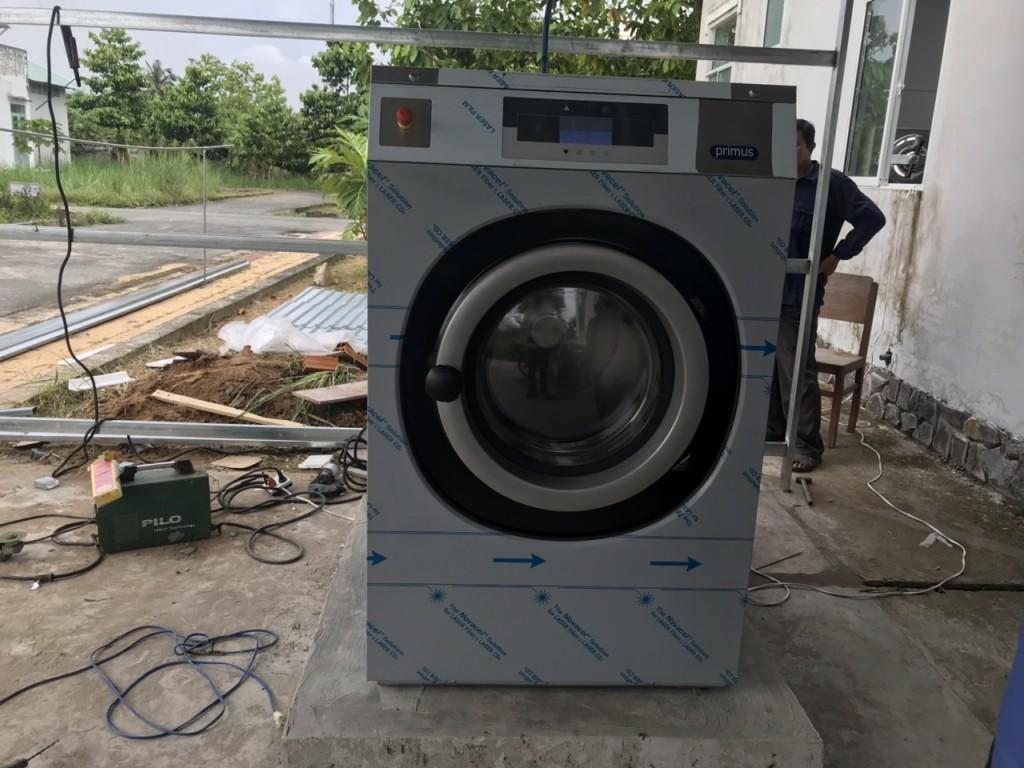 Máy giặt công nghiệp nhập khẩu Mỹ