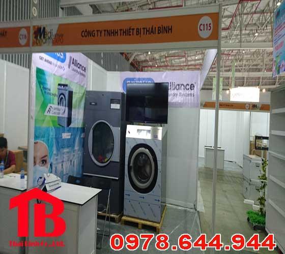 Máy giặt công nghiệp giá bao nhiêu