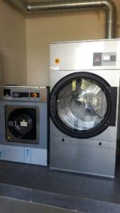 fagor1 169x300 - Máy giặt công nghiệp Sanyo và những điều bạn cần biết